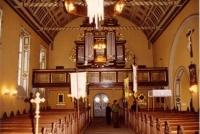 Wnętrze Kościoła pw. św. Barbary; widok na zabytkowe organy