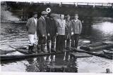 Fotografia przedstawiająca miejscowych rybaków