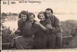 Zdjęcia na moście- spływ kajakowy z 1951 roku