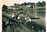 Zdjęcie flisaków pochodzące z 1949 roku