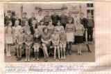 Zdjęcie grupowe uczniów Szkoły Podstawowej w Swornegaciach pochodzące z 1968 roku